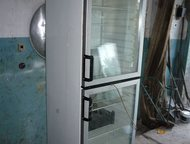 Холодильный шкаф со стеклянными дверцами Vest frost Продам Холодильный шкаф со стеклянными дверцами Vest frost б/у для розничной торговли в отличном, Дзержинск - Холодильники