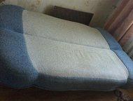 Гатчина: Диван - книжка Диван -книжка , обивка букле, большое место для белья. самовывоз размер спального места 130×190.
