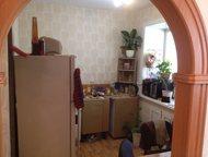 Хабаровск: Продам однокомнатную квартиру Продается квартира, сделан отличный ремонта, стоят счетчики на горячую и холодную воду. Квартира очень теплая. Есть натя