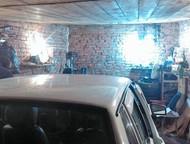 Энгельс: Продам гараж Продаю кирпичный гараж площадью 21 м2, находится на Мясокомбинате (справа от арки стадиона, недалеко от лодочной базы).   Большой погреб