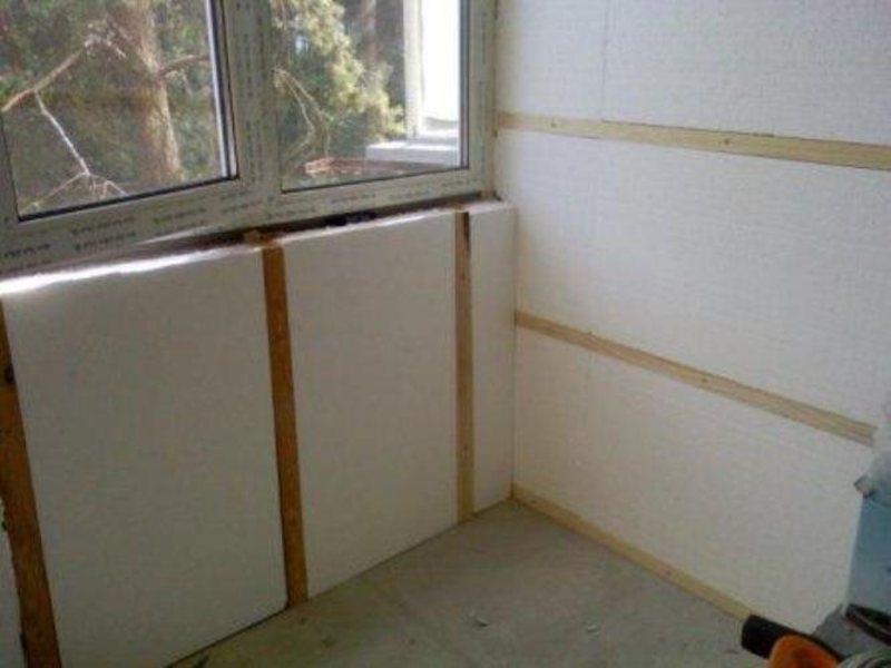 Утеплить стену изнутри на лоджии..