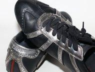 Москва: Кеды Levis чёрные 38 р-р Кеды Levi`s кожа  чёрные с серебряными вставками  38 размер