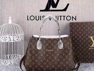 известной марки сумки Gucci, Chanel, Hermes известной марки сумки: Gucci, Chanel, Hermes, Givenchy, Bottega, Ив Сен-Лоран, Л. В.   Бесплатная доставка, Екатеринбург - Аксессуары