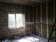 Новый Уренгой: новый дом под черновую отделку Продается дом на объездной авторынка.     Общая площадь 96 кв. м. , зал 26 кв. м. , 2 спальни по 18 кв. м. , кухня 17 к