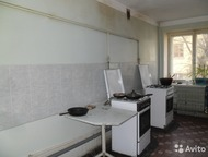 Продам комнату 18 кв, м, в общежитии Продам комнату в хорошем состоянии (по документам 1-комнатная квартира), площадью 18 кв. м. Туалет и кухня на 5 к, Оренбург - Комнаты