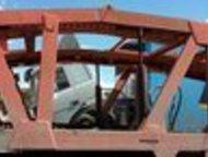 Тольятти: автовоз Невинномысск Продам полуприцеп автовоз Невинномысск, дополнительно опускается на гидравлике передняя аппарель, под 6 кроссоверов. состояние от