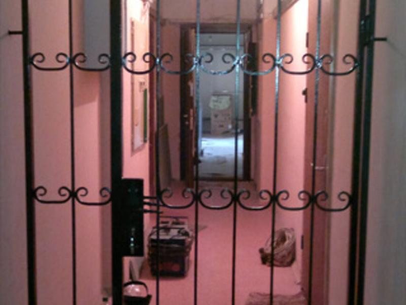телефоны и цены на железные двери и железные решетки