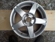 продам диски R15 Продам литые диски R15 разболтовка 4х100 Renault Logan, Lada Largus, Hyndai, Волхов - Колесные диски